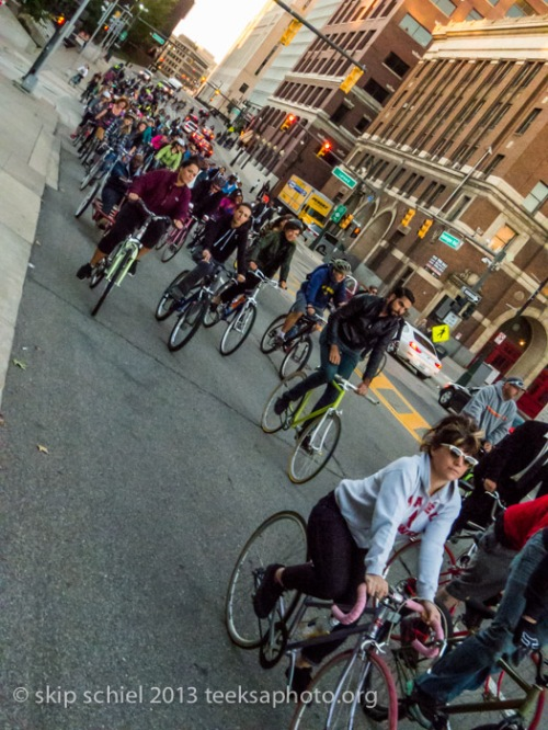 Group-Detroit-bicycling-9380