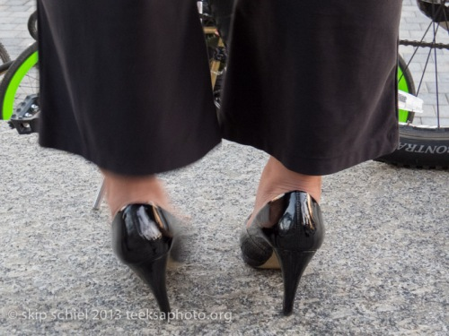 Heels-Detroit-bicycling-9413