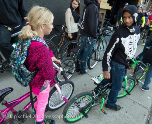 Kids-Detroit-bicycling-9325