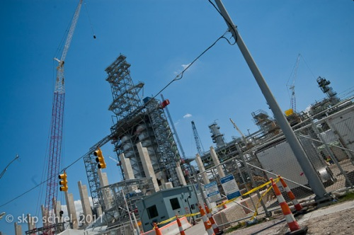 Detroit_Oil_refinery_2011_8969