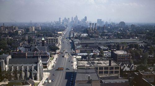 Detroit_Skyline_1942d