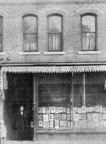 Ben 1910 Palace Studio