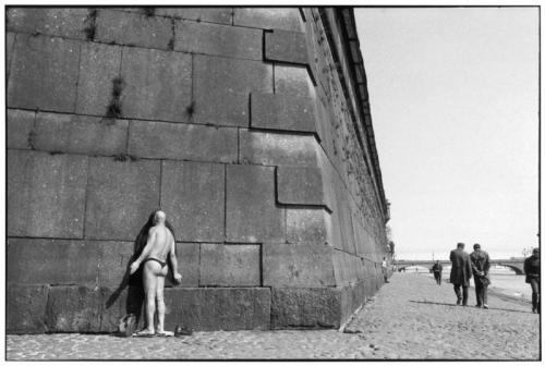 Henri-Cartier-Bresson-Music-Post-13