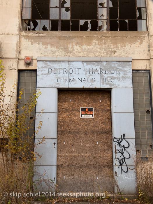 Detroit-buildings-8811