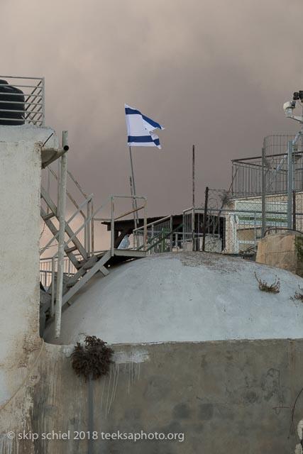 IsraeliSettlementMuslimQuarter1411.jpg