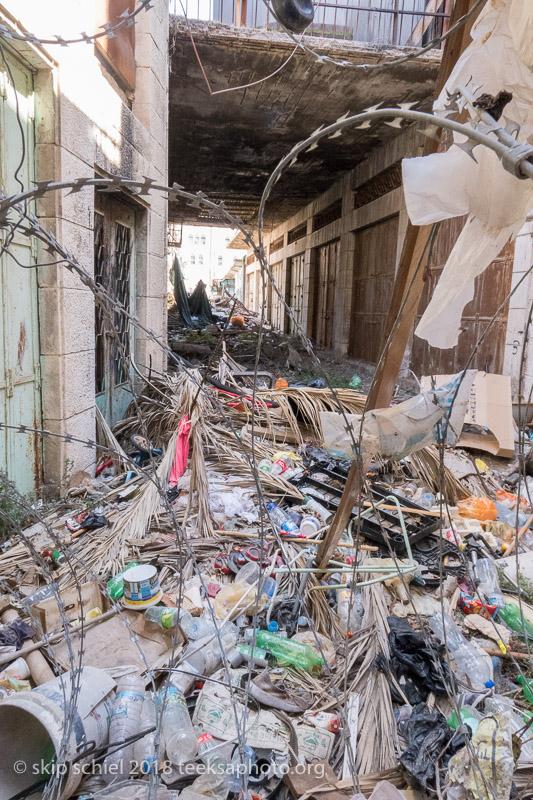 TRASH-Palestine-Hebron-Old_City-IMG_2043